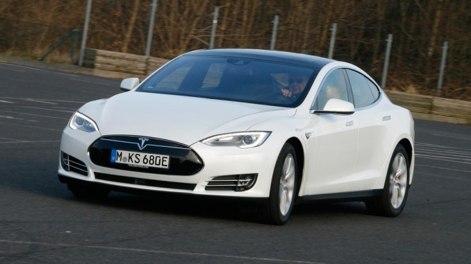Tesla Model S: Der Wahnsinn hat einen Namen. © spothits/Axel Busse