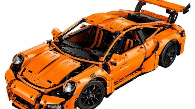 Lego bringt Porsche 911 GT3 RS aus über 2700 Teilen. © spothits/Porsche 911 GT3 RS von Lego./Foto: Lego