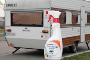 Rameder bietet Spezialreiniger für Reisemobile und Wohnanhänger. © spothits/Caravan-Reiniger von Rameder./Foto: Rameder