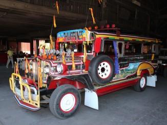 In Manila wurde einst aus dem Jeep der Jeepney. © spothits/Gregg Manalo