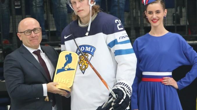 Skoda-Chef zeichnet besten Spieler der Eishockey-WM aus. © spothits/Skoda