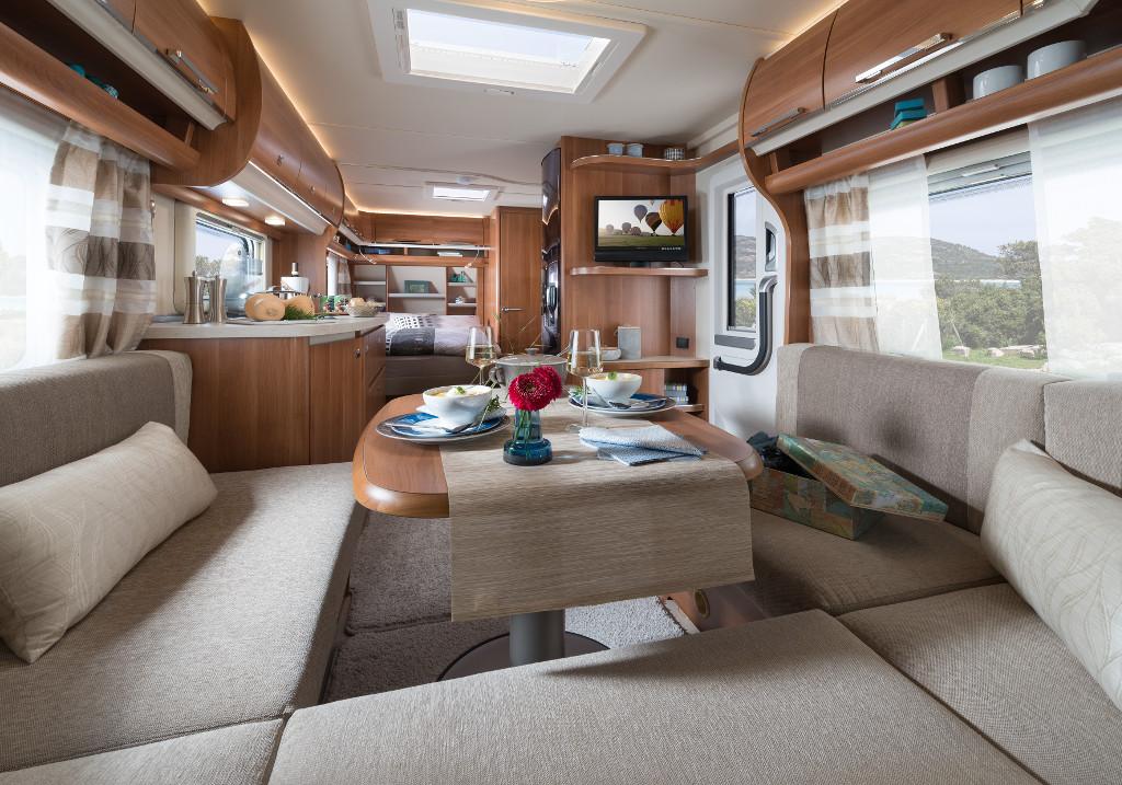 fendt saphir 2017 einstiegs caravan berarbeitet spothits. Black Bedroom Furniture Sets. Home Design Ideas