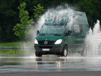 UDV unterucht Wohnmobile: Schlechte Bremsen und Überladung führen zu Unfällen. © spothits/Auto-Medienportal.Net/CIVD