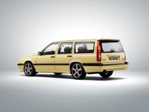 """Im Rückspiegel: Volvo 850 – das damals """"sicherste Auto der Welt"""". © spothits/Volvo"""