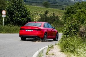 Audi S4: Goldene Mitte. © spothits/Audi
