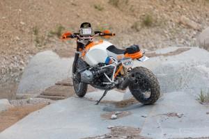 """BMW interpretiert die R Nine T als """"Dakar"""". © spothits/BMW"""