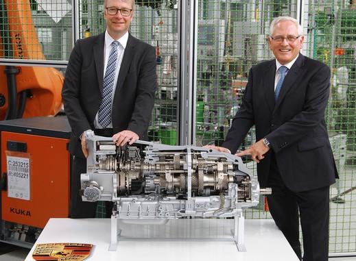 ZF startet Produktion des Acht-Gang-Doppelkupplungsgetriebes in Brandenburg. © spothits/ZF Friedrichshafen