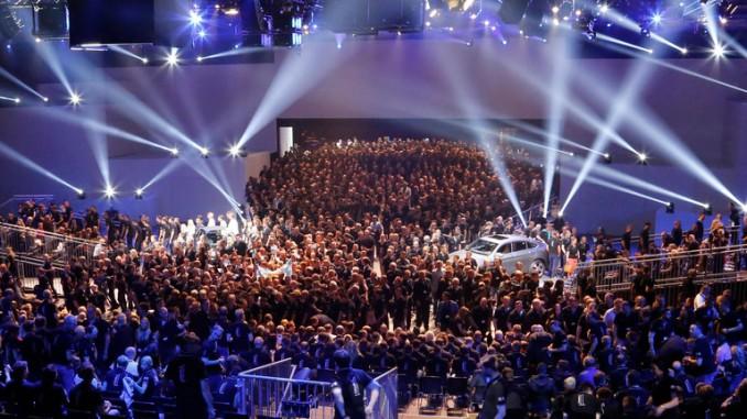 11 000 beim Service-Gipfel und Vertriebs-Forum in Hannover. © spothits/Daimler