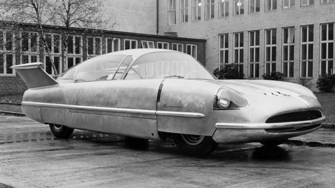 """Im Rückspiegel: Vor 60 Jahren stellt Borgward seinen """"Traumwagen"""" vor. © spothits/Borgward"""