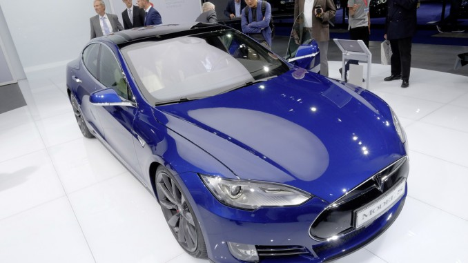 Tesla Model 90D geht in Flammen auf. © spothits/Auto-Medienportal.Net/Manfred Zimmermann