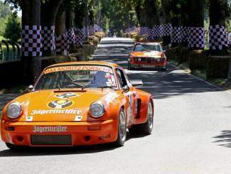 """Der """"Spirit of Jägermeister Racing"""" belebte Schloss Dyck. © spothits/Autostadt, Leitzke"""