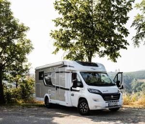 Kleine Wohnmobil-Typenkunde: Von Nasenbären und Landyachten. © spothits/Daimler