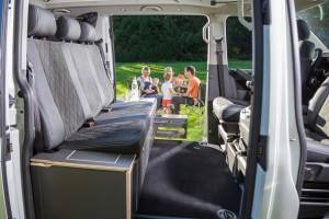 Caravan-Salon 2016: Spacecamper miz zwei Schiebetüren. © spothits/Spacecamper