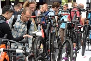 In Friedrichshafen sind die Räder los. © spothits/Messe Friedrichshafen