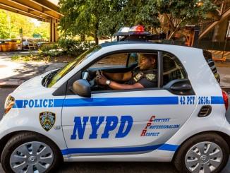 """New York jetzt mit """"richtig goldigen"""" Streifenwagen. © spothits/Hersteller"""