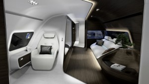 Mercedes-Benz Style zu Wasser und in der Luft. © spothits/Daimler