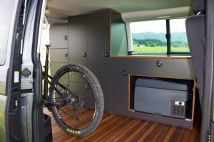 Fahrrad fährt Bus: Exploryx Bike & Sleep. © spothits/Exploryx