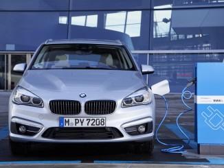 Bayerischer Staatspreis für E-Mobilität geht an BMW und Street Scooter. © spothits/BMW