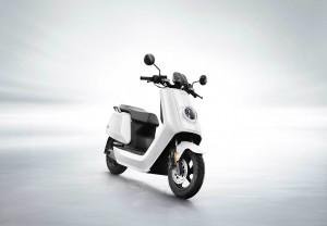 NIU N1S: E-Roller mit handlichem Akku und GPS. © spothits/NIU