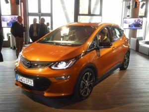 Opel Ampera-e: Elektrisch unterwegs. © spothits/Auto-Medienportal.net