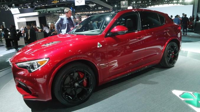 Los Angeles 2016: Der Alfa Romeo, der wie eine Moto Guzzi heißt. © spothits/Auto-Medienportal