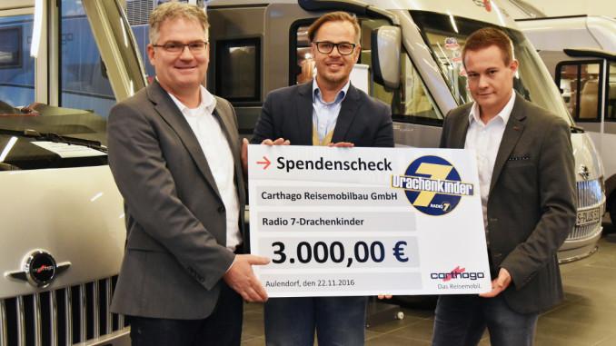 Carthago spendet 3.000 Euro an die Aktion Drachenkinder. © spothits/Carthago