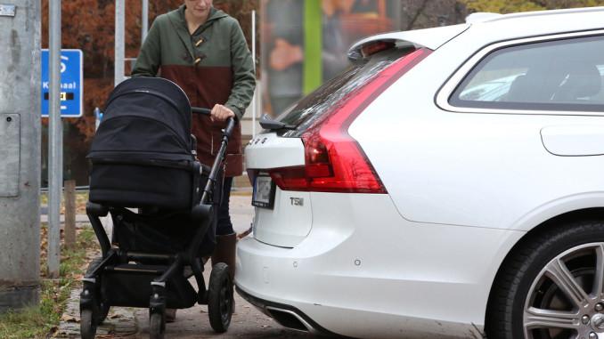 Ratgeber: Parken mit Überhang. © spothits/ampnet/ACE/Angelika Emmerling