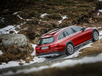 Mercedes-Benz E-Klasse All Terrain: Abgehoben. © spothits/Hersteller