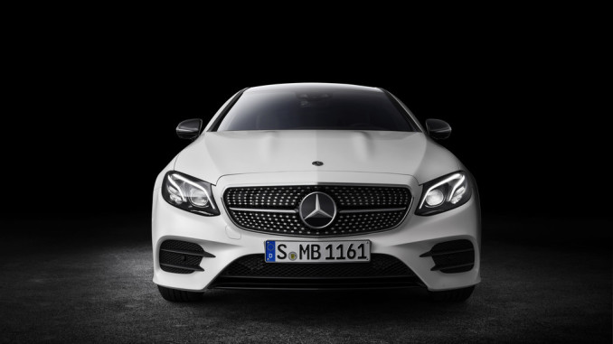 Mercedes-Benz E-Klasse Coupé: Schönheit und Tugend. © spothits/Auto-Medienportal.net/Daimler