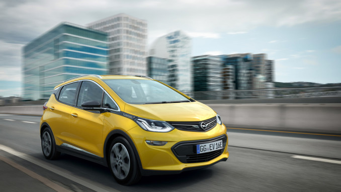 Europa-Verkaufsstart des Opel Ampera-e. © spothits/Auto-Medienportal.net/Opel