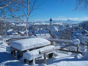 Vom Caravan auf die Ski – Winter-Camping in Bayern. © spothits/Pixabay