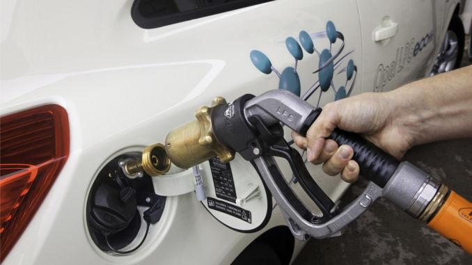 Ab sofort ergänzt eine LPG-Variante die Corsa-Familie. Der im Drei- und Fünftürer verfügbare 1,2-Liter- Motor leistet im Autogasbetrieb 61kW / 83 PS. Foto: spothits/ampnet/Opel