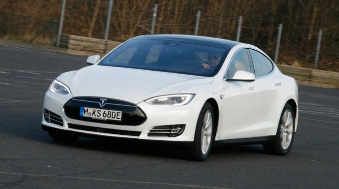 Tesla Model S. Foto: spothits/ampnet/Axel Busse