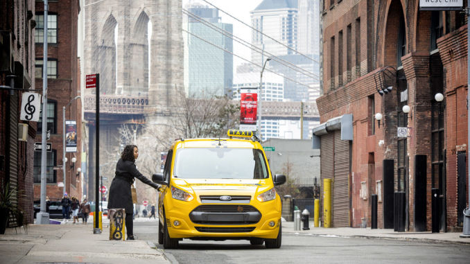 Ford Transit Connect Hybrid Taxi (Prototyp). Foto: sph/ampnet/Ford