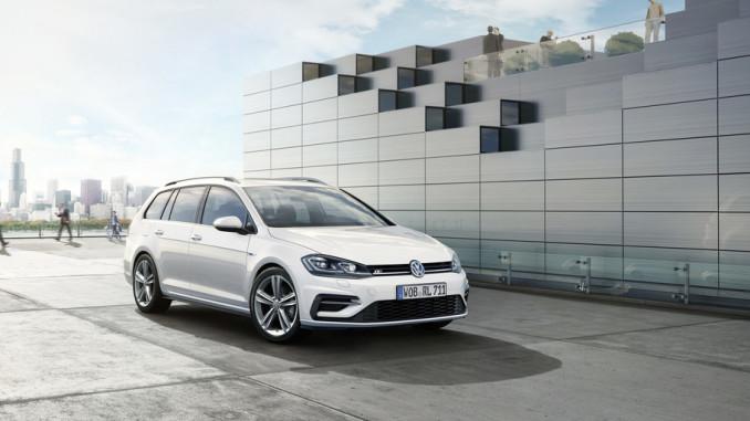 Volkswagen Golf Variant mit R-Line-Exterieur. Foto: spothits/ampnet/VW