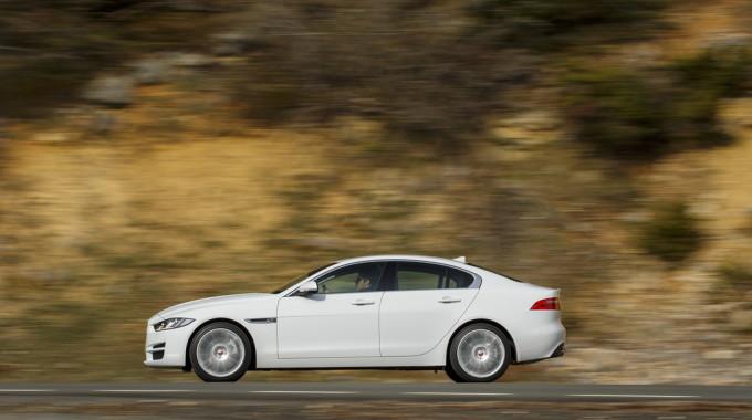 Jaguar XE. Foto: spothits/ampnet/Jaguar