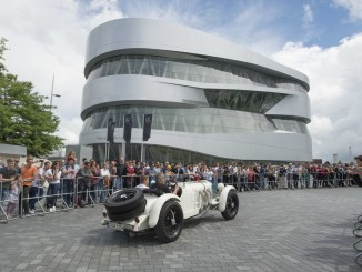 Zehn Jahre Mercedes-Benz-Musuem in Stuttgart: Parade mit klassischen Fahrzeugen am 4. Juni 2016. Foto: spothits/ampnet/Daimler