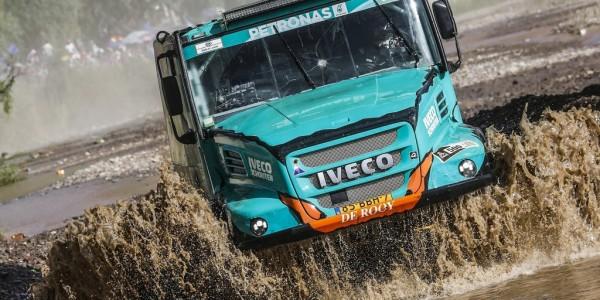 Dakar 2017: Iveco Powerstar 4×4 von Gerard de Rooy. Foto: spothits/ampnet/ASO/A. Vialatte