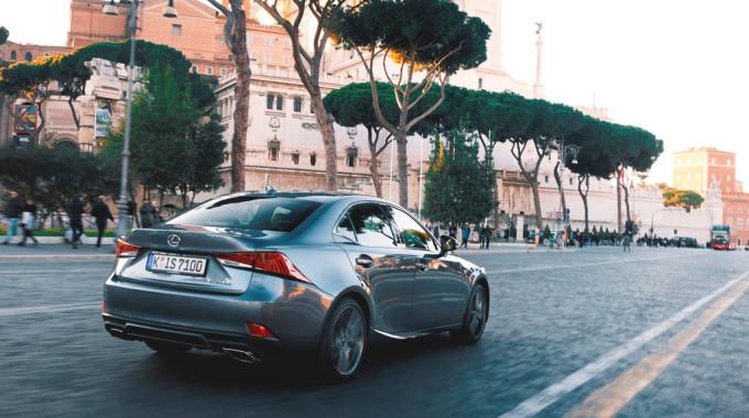 Lexus IS 200t. Foto: spothits/ampnet/Lexus