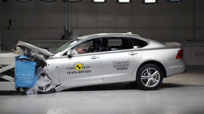 Volvo S90 im Euro-NCAP-Crashtest. Foto: spothits/ampnet/Euro NCAP