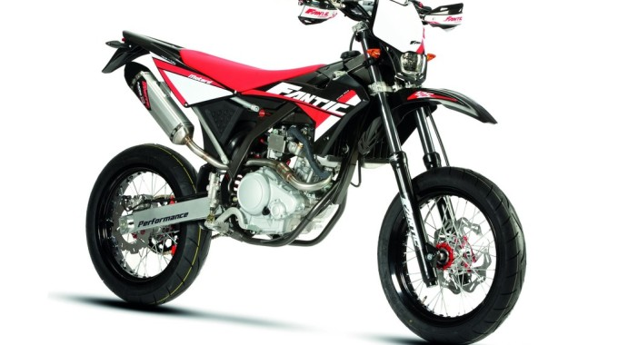 Fantic 125 Motard.Performance. Foto: spothits/ampnet/Fantic