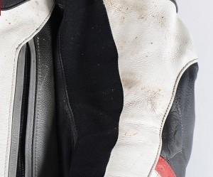 Motorradbekleidung sollte einmal im Jahr gereinigt werden. Foto: spothits/ampnet/Louis