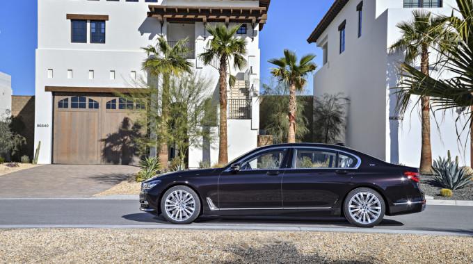 BMW M760 Li xDrive. Fotos: spothits/ampnet/BMW
