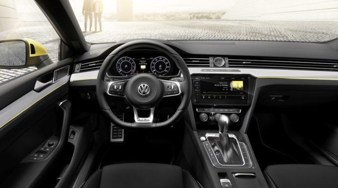 VW Arteon R-Line. Foto: spothits/ampnet/VW