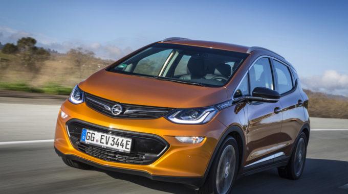 Opel Ampera-e startet ab 34.950 Euro. Foto: spothits/Opel