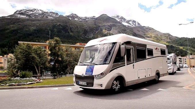 Caravaning in den Schweizer Alpen. Foto: spothits/Mhoch4TV