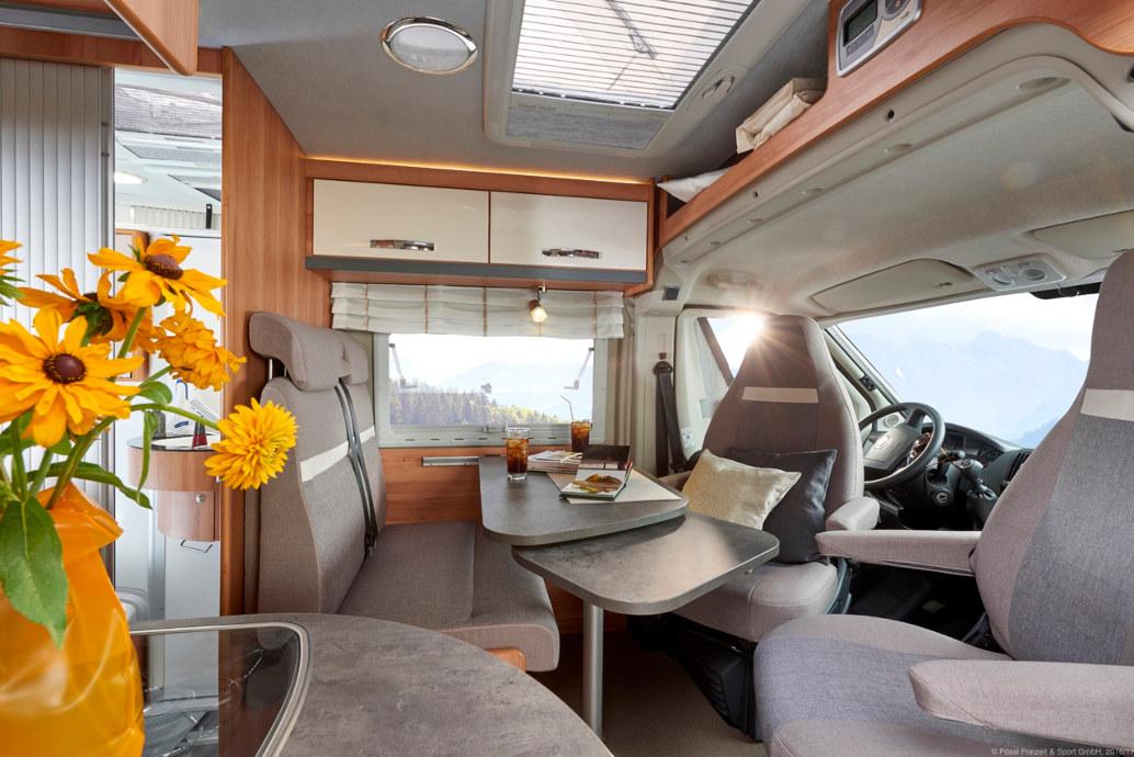 p ssl sondermodell summit 600 plus und globecar spothits. Black Bedroom Furniture Sets. Home Design Ideas