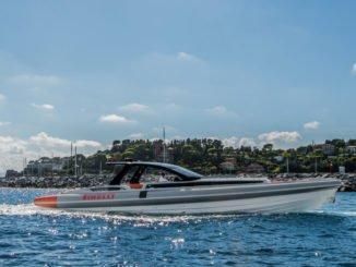 Pirelli 1900: Festrumpfschlauchboot mit 2x800 PS. Foto: spothits/Pirelli