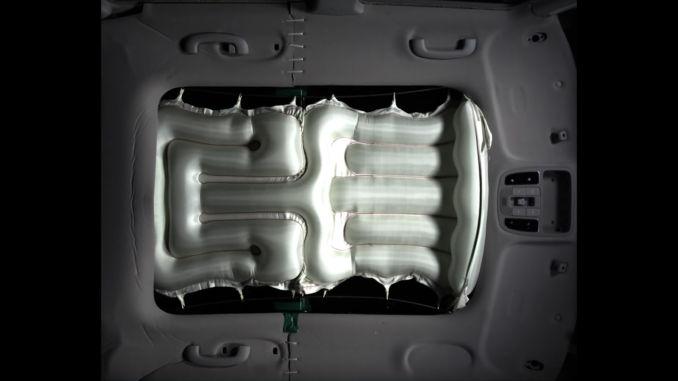 Hyundai bringt Airbag für Panorama-Glasdach. Foto: spothits/Hyundai