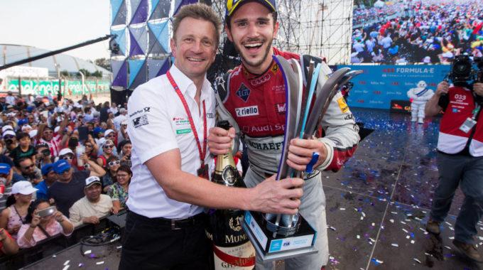 Allan McNish, Daniel Abt. Foto:spothits/Audi Motorsport/Michael Kunkel